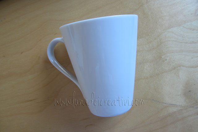 Da semplice tazza bianca