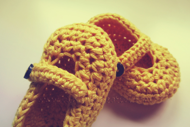 "Pattern Uncinetto: ""Scarpette Bimbo Unisex con Bottone"" (Tutorial Step by Step)"