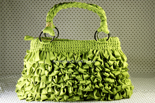Borsa Verde in Punto Pelliccia - Fonte: Craft Passion