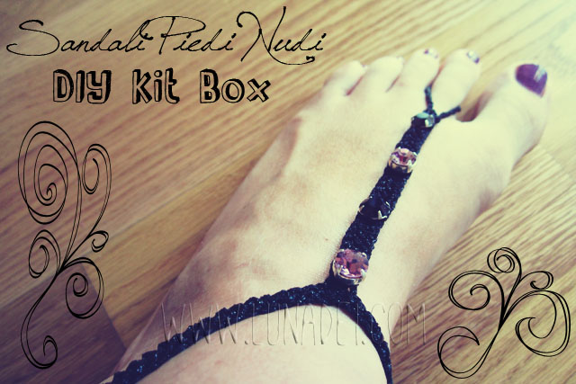 DIY Kit Box: Sandali Piedi Nudi Neri con Strass