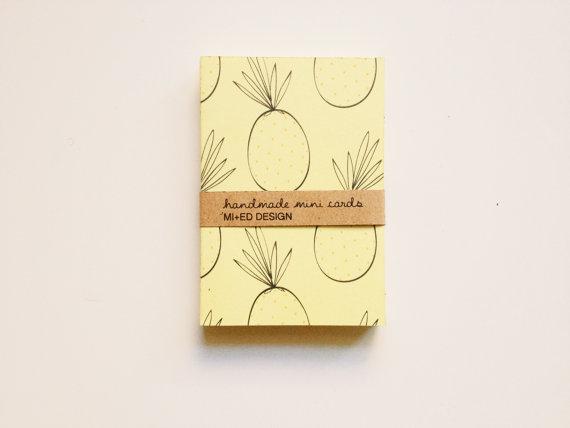Biglietti handmade con stampa ananas