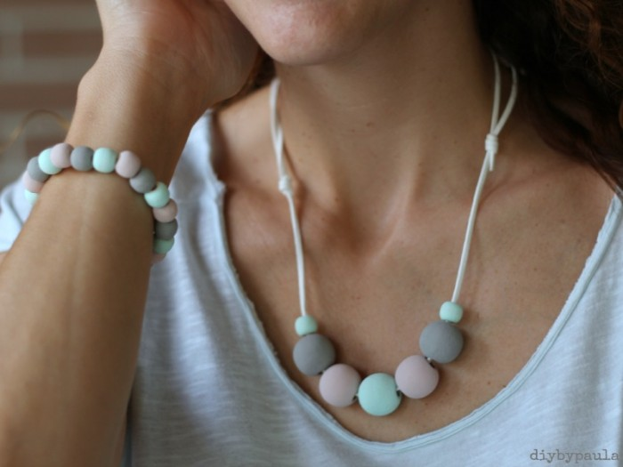 Collana con chalk paint by DIY by Paula