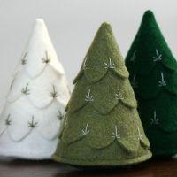 alberi di natale in feltro verde 3d