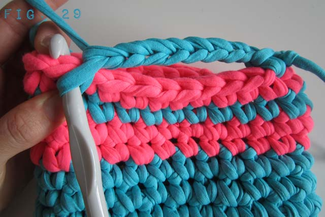 Fig 29  - Crochet Handbag