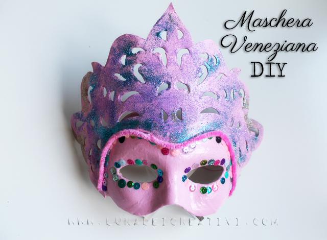 Come Fare una Maschera Veneziana Fai da Te