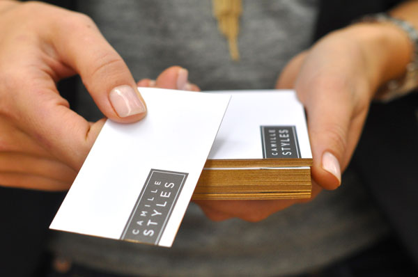business card con bordi colorati